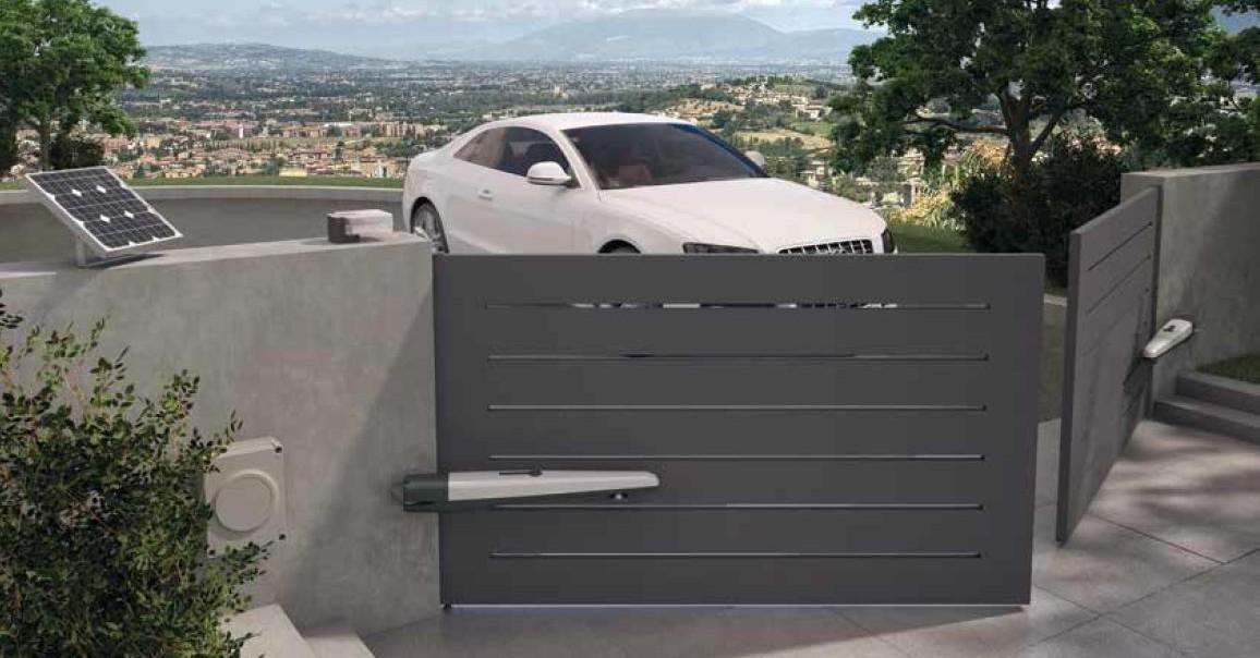 Motor puerta granada for Puertas abatibles garaje